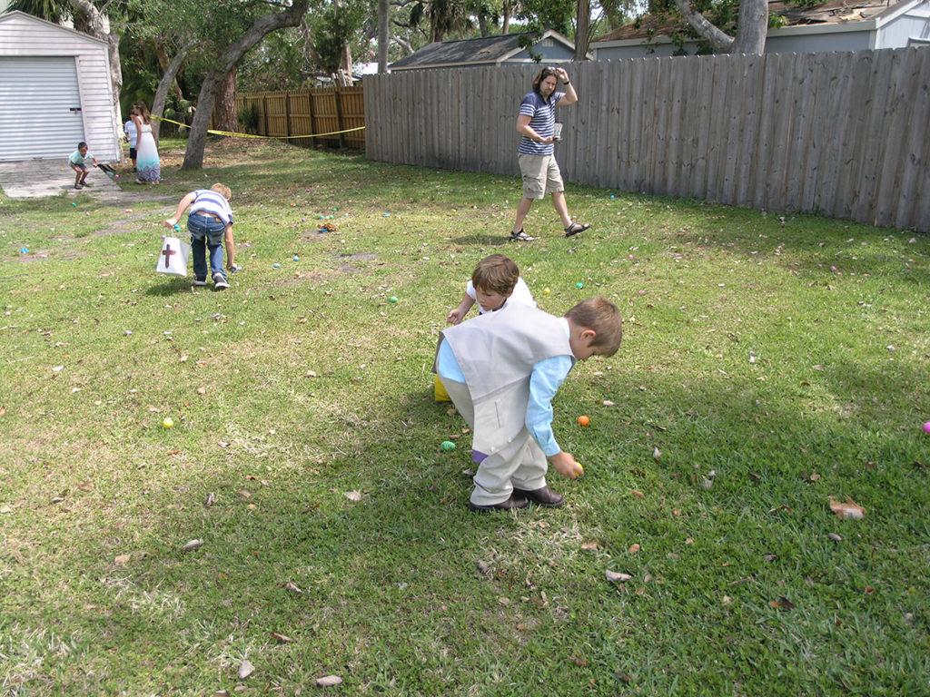 Boys Egg Hunt