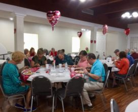 New Smyrna Beach church enjoying fellowship meal