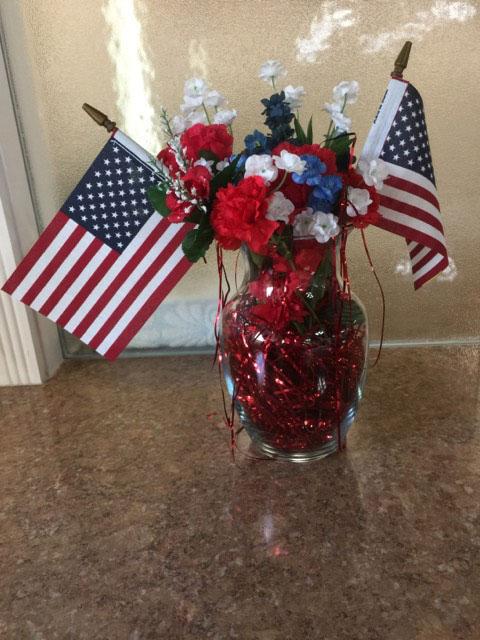 July 4 flower arrangement